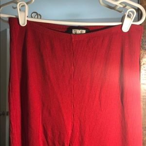 Crop red stretch pants